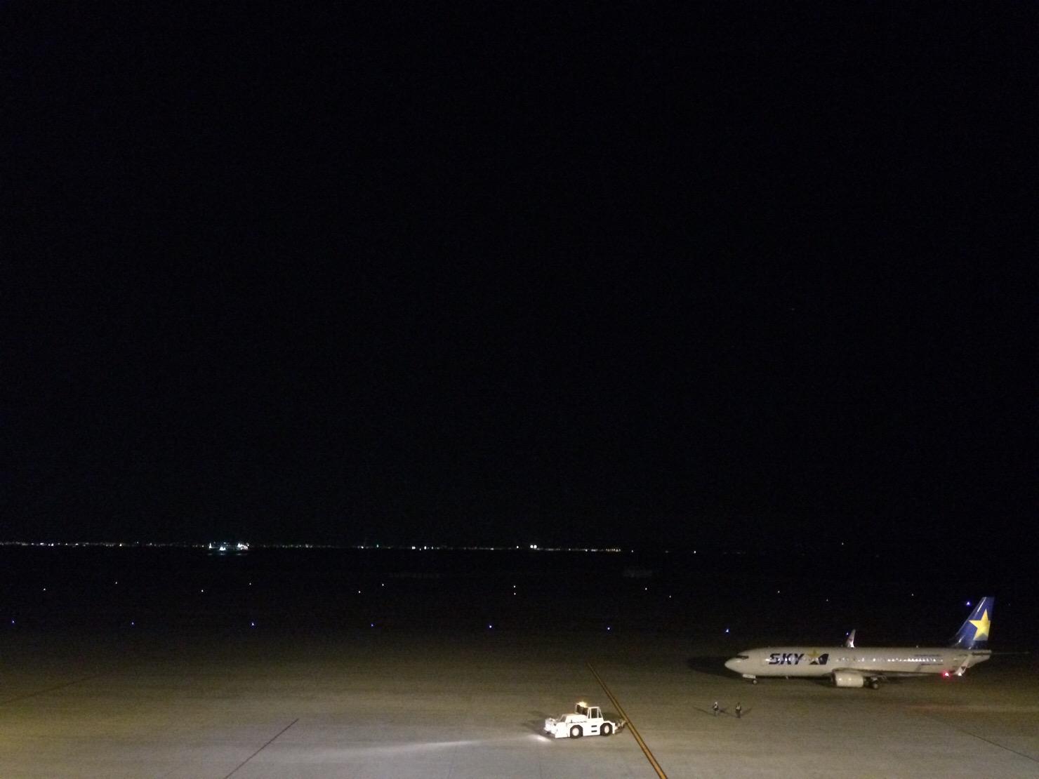 神戸空港 夜